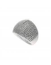 srebrny pierścionek z wypustkami