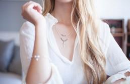 Nietypowe motywy w biżuterii — idealny sposób na oryginalność