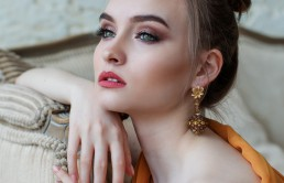 Biżuteria — co jest teraz modne?
